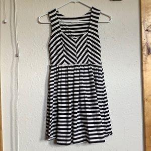 Monteau Striped dress with great neckline